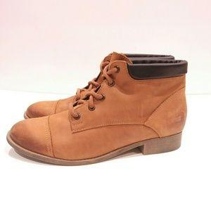 Steve Madden Raymon Women's size 10 hiking boots